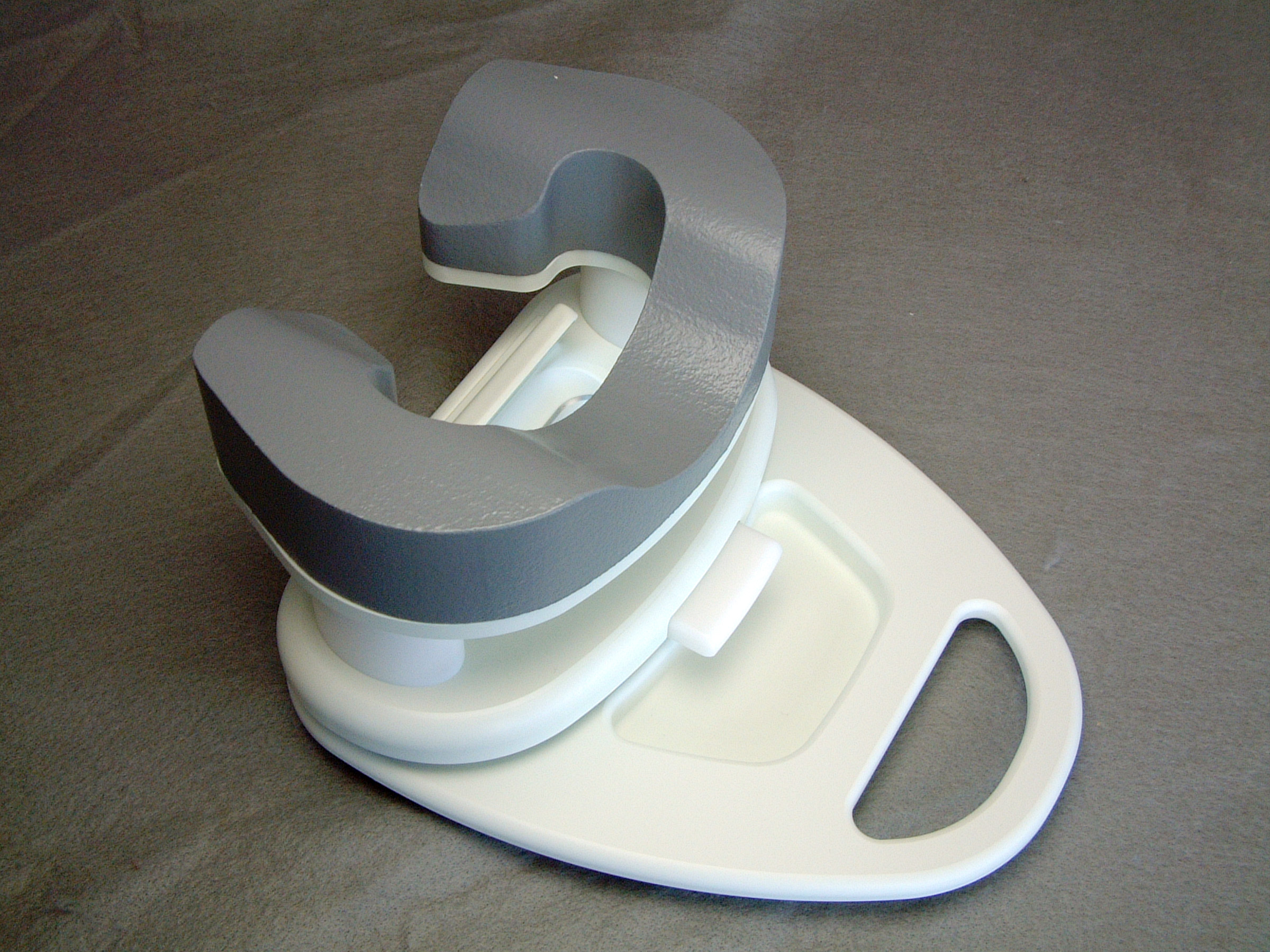 Adjustable Head Rest for 7-Channel Breast Coil